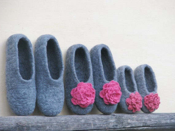 Family felted gray slippers set.  Gift set for her, for him and daughter. Made to order. Eco friendly.