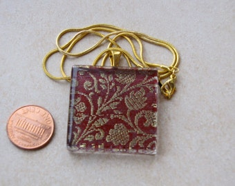 Elegant deep red & gold sari silk fabric brocade 1 3/8 glass tile pendant necklace chain