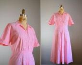 Vintage 1940s Pink Shirtwaist Dress .. Size Large