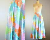 Vintage 1950s Tropical Midi Skirt .. Size Small