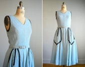 Vintage 1950s Sleeveless Blue Linen Day Dress .. Size Medium