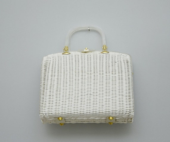 Vintage 1960s White Wicker Basket Purse