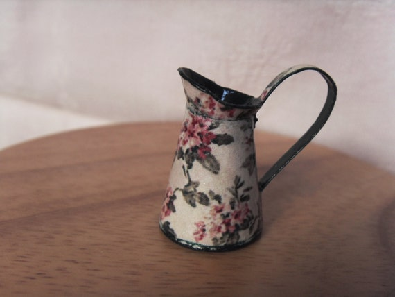 Green Jug - miniature 1:12 scale for dollhouse