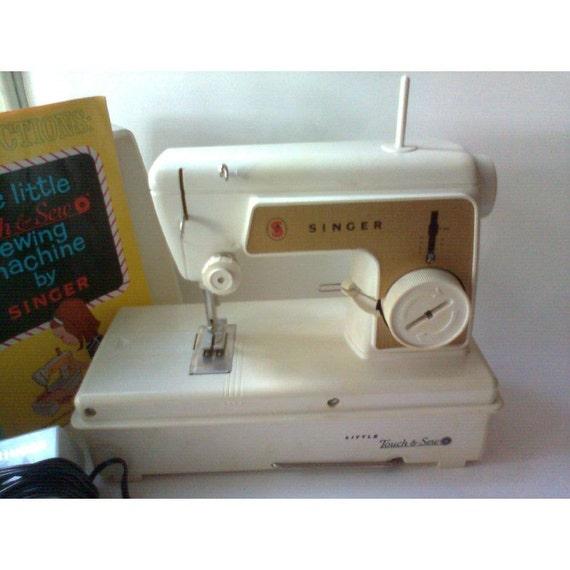 singer sewing machine 1966