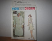 Vogue PARIS Original Pattern 2827  Pierre Balmain Misses' Dress  1970's  Uncut