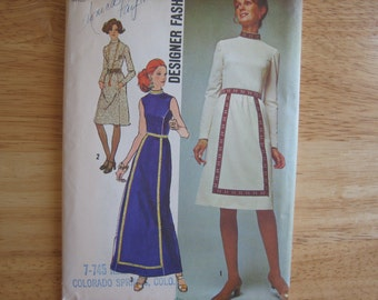 Vintage Simplicity Pattern  9606 Misses' Dress In Two Lengths Gown      1970's      Uncut