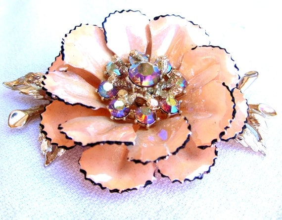 Vintage Peach Flower Brooch
