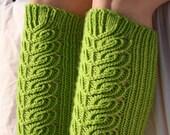 Knee high socks -knitting pattern (PDF download)