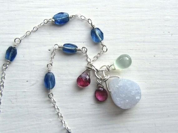 Geode Druzy Gemstone Necklace : Delicate Jewelry, Chalcedony Jewelry, Indigo Blue Jewelry, Druzy Jewelry, Geode Jewelry
