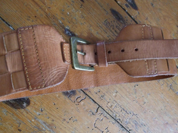 "Vintage chunky tan leather woven belt 27-23"" waist"