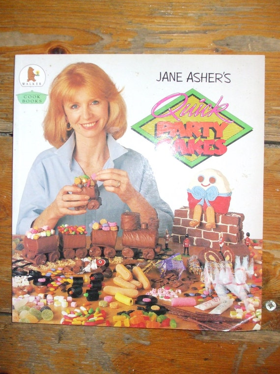 1980s Jane Asher Party Cake book