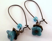 FREE SHIPPING - Vintage Inspired Small Teal Bell Flower Earrings