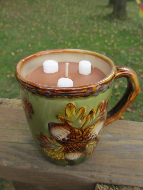 Hot Chocolate Soy Candle in a Fall Mug, Green, Leaves