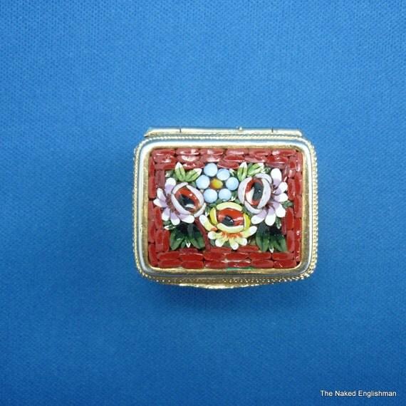 Millefiori micromosaic trinket / pill box