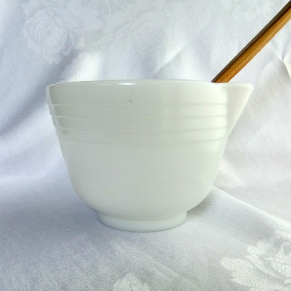 Vintage Hamilton Beach Batter Bowl - White Milk Glass, Pyrex