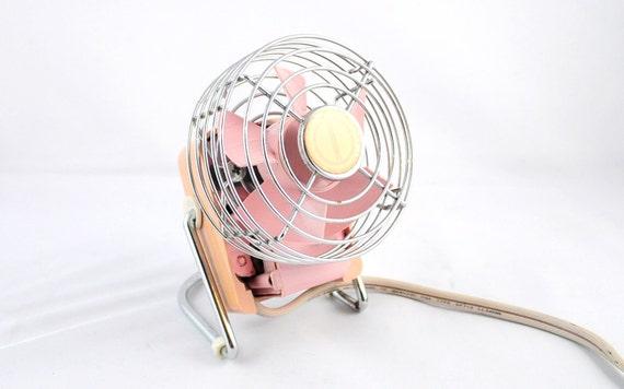 Pink Electric Fan : Vintage fan mini retro pink desktop table top electric