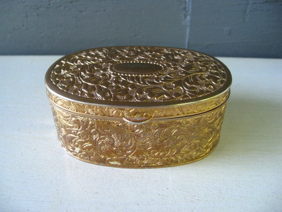 Pretty little vintage metal jewelry box