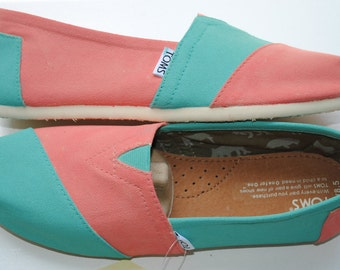 Ready to Ship - Womens Size 8.5 - Womens Custom Hand Painted TOMS in Coral and Light Blue
