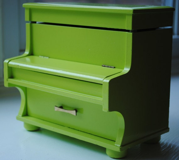 Glossy Key Lime Vintage Piano Music and Jewelry Box