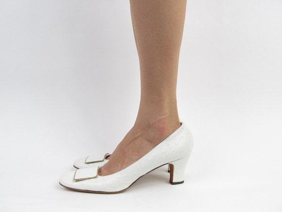 Vintage 60s shoes / Mod Shoes / Faux Ostrich Mod Shoes. size 7