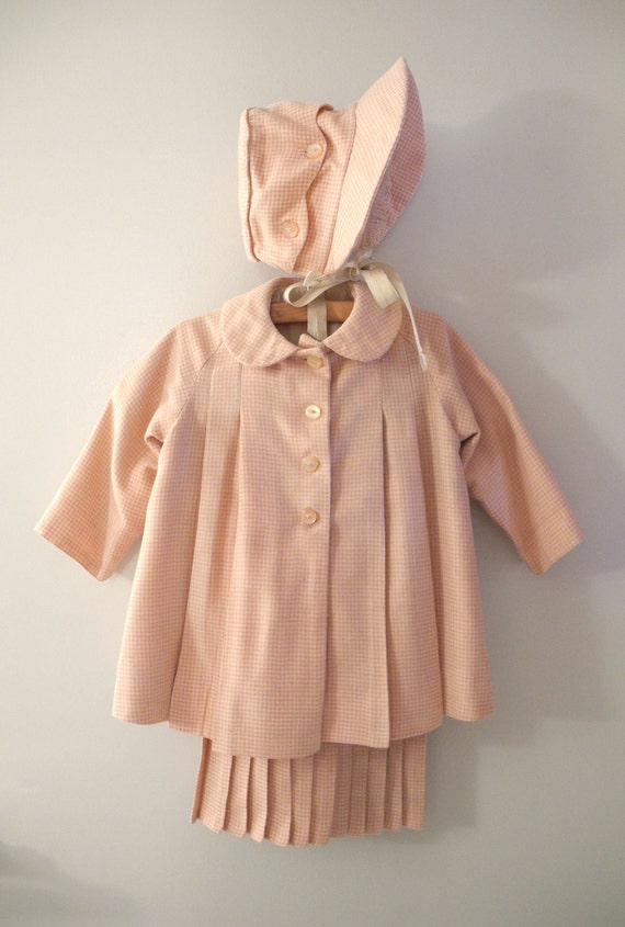 1940's Pink and Ivory Wool Houndstooth Swing Coat, Dress and Bonnet Set