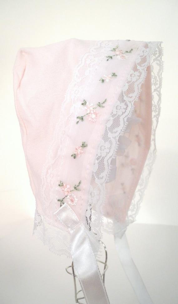 1960s Soft Pink Floral Bonnet