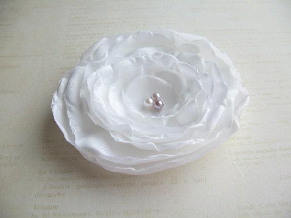 White Hair Flower Fascinator, Mauve Pink Grey Pearls
