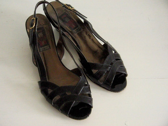 Vintage 80s Patent Leather Sandals Wedge Heels Peep Toe Sling Back  US W 9.5   EURO Size 41