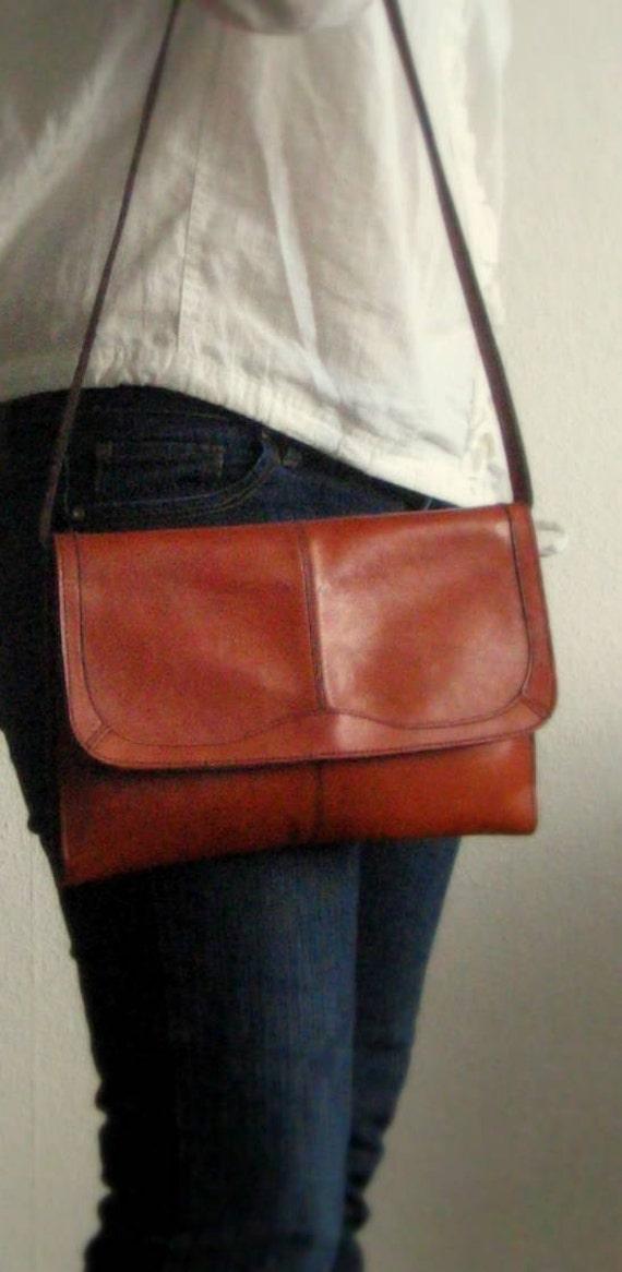 Vintage 70s Handbag Cognac Brown Leather Bag Clutch
