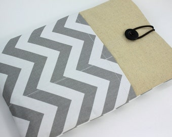 MacBook Air 11 & 12 inch Case Laptop Sleeve Cover Padded , with front Pockets - Grey and White Chevron Zig Zag Stripes