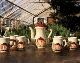 Mushroom Tea / Coffee Pot with 6 Mugs Set