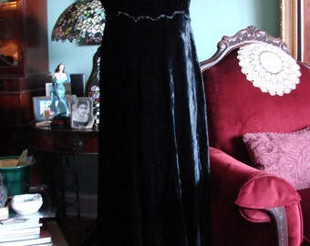 1900s Black Beaded Silk Velvet Dress