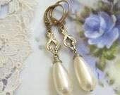 Bridal Elegance Pearl Drop Earrings