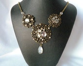 Antique gold statement necklace & earrings