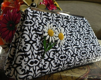 Garden Gate in Bloom Clutch