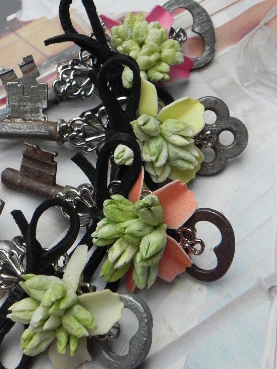 Boutonniere ... Vintage Skeleton Key