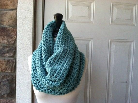 Chunky Crochet Neck Warmer - SEAGREEN