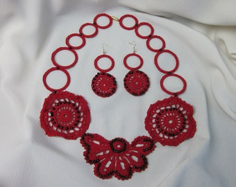 Sale 25% off / Red Romantic crochet jewelry set of Necklace and Earrings. Valentines Day Gift . Gift for Mom