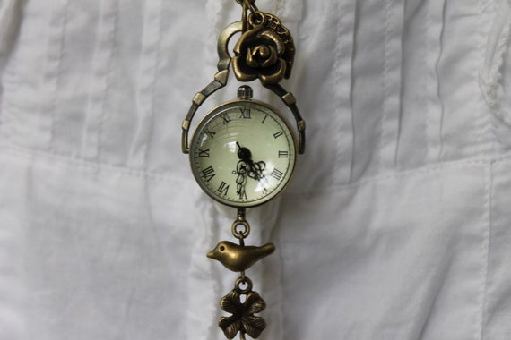 Antique Gold Glass Crystal Ball Watch Necklace Decorated with Rose and Bird Charm