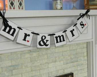 Mr and Mrs Wedding Sign , Wedding Garland , Wedding Decoration ,  Engagement Party Prop you Pick the Colors
