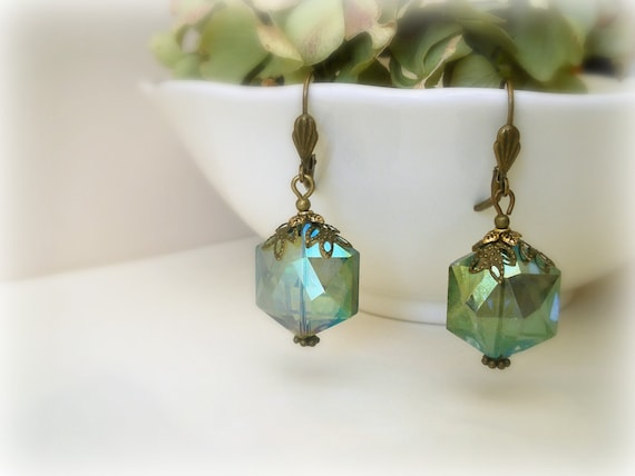 Green Emerald Fern earrings - vintage style- peacock teal green glass and antique brass. gift for her