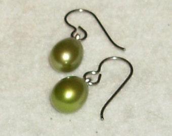 Olive Freshwater Pearl Earrings
