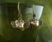 Flying Pig Earrings Bronze Flying Pigs - When Pigs Fly