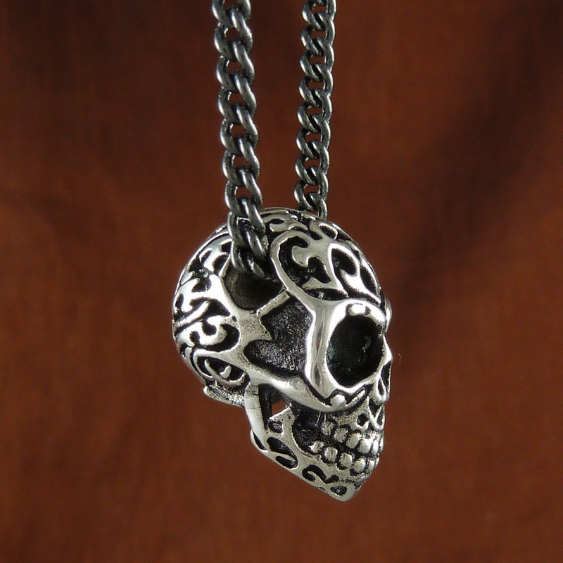 Skull pendant necklace antique silver tribal skull necklace on zoom mozeypictures Images
