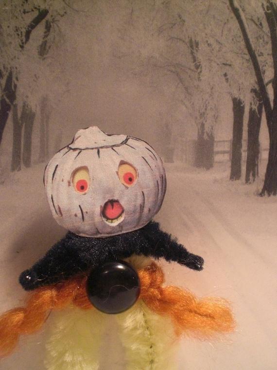 vintage style halloween pumpkin chenille ornaments