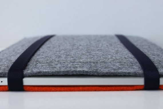 Reversible ipad Case, Gray and Orange, Felt Protector, Elastic to close, Sleeve