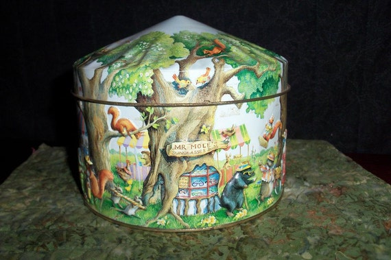 Tin Churchill Wood Land Fair Charming Container for Holiday Goodie Gifting