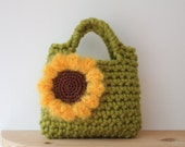 Little Girl Little Flower Purse in Meadow green with sunflower - Listing17