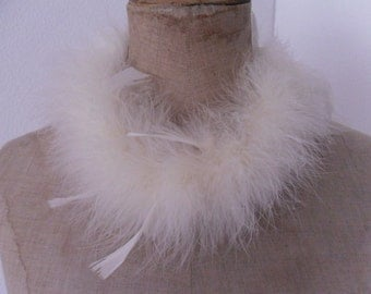 Vintage rare offwhite down feathers necklace or collar