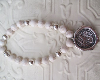Wax seal bracelet in fine silver (natural howlite)